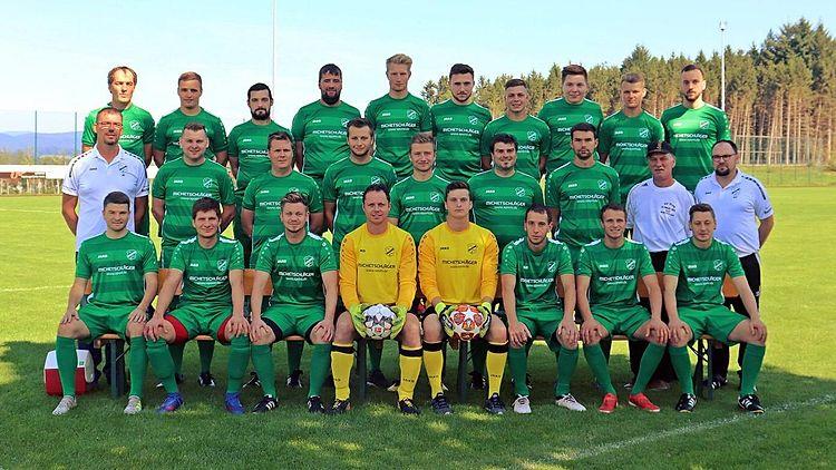 Mannschaftsfoto 1 und 2 Mannschaft SV Prag